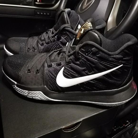 Nike Shoes   Kyrie 3 Black History